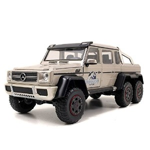 ジュラシック・ワールド Jurassic World 2015 Movie- 1:24 Scale Mercedes Benz G63 AMG 6X6 【並行輸入品】