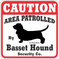 CAUTION AREA PATROLLED BY Basset Hound Security Co. サインボード:バセットハウンド [並行輸入品]