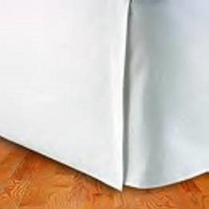 King Size Tailored Pleated Bed Skirt (White) by Cozy Comfort [並行輸入品]