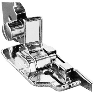 Brother SA185 1/4 Inch Piecing Foot with Guide by Brother