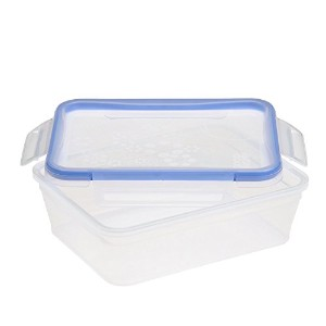 Snapware 8.2-Cup Total Solution Rectangle Food Storage Container, Plastic