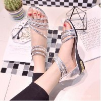 Slope with a small diamond chain zipper fashion low summer sandals