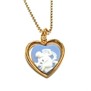 """Authentic Wedgwood """" Cupid Stringing Bow」ハートnecklace- gold-plate"""