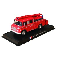 FPT Drouville - 1970ダイキャスト1/57モデル FPT Drouville - 1970 diecast 1:57 fire truck model (Amercom SF-21)