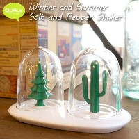 Winter and Summer Solt and Pepper Shaker(ウィンターアンドサマー ソルトアンドペッパーシェイカー) 09005200 QUALY (クオーリー)...
