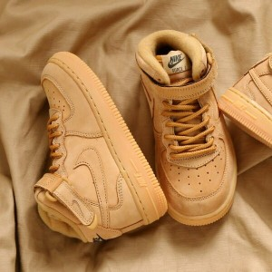 NIKE FORCE 1 MID WB PS(ナイキ フォース 1 ミッド WB PS)(FLAX/FLAX-OUTDOOR GREEN-GUM LIGHT BROWN)【キッズ スニーカー...