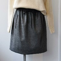 WORLD BASICS(ワールドベーシックス) / WOOL SMOOTH RELAX SKIRT