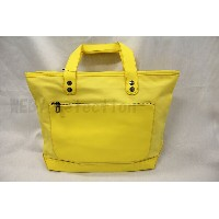【MARC BY MARC JACOBS】LAMINATED TWILL JACOBS TOTE (マークジェイコブス キャンバストートバッグ イエロー)