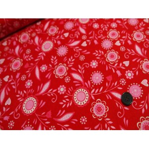 ★moda■ファブリック110cm×50cm〜(SURROUNDED BY LOVE)19651-11 HEARTS & FLOWERS/CANDY HEART RED 赤★カルトナージュの材料に♪