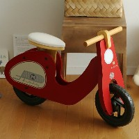 RIDE-ON SCOOTER 木製スクーター【送料無料】
