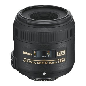 Nikon ニコン マイクロレンズ AF-S DX Micro NIKKOR 40mm f/2.8G 【対象のボディとセットで最大¥15,000 キャッシュバック キャンペーン対象品!】