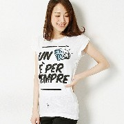 musee Happiness 10 フロントロゴデザインTシャツ/クリアインプレッション(CLEAR IMPRESSION)