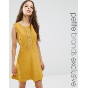 Glamorous Petite 小さいサイズ Geo Applique Mini Skater Dress ドレス ワンピース In Faux Suede