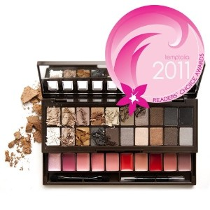 NYX S119 Nude on Nude Box of Eyeshadows - NXS119 (並行輸入品)
