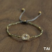 【TAI JEWELRY[タイジュエリー] 】GREY BEADS OVAL CLEAR GLASS CZ PULL コードブレスレット