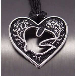 """Amulet Heart of love Holy Spirit Heart Pewter Pendant with 20"""" Free Necklace. 20「無料のネックレスとの愛..."""