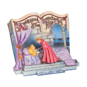 Disney Traditions by Jim Shore Sleeping Beauty Enchanted Kiss (4043627) by Enesco