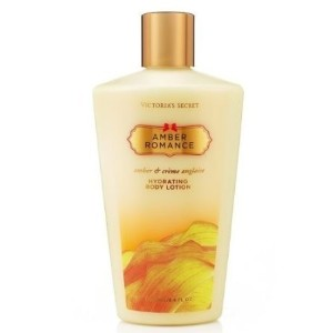 [アメリカ直送]Victoria s Secret Amber Romance Hydrating Body Lotion (New Look) 8.4 Fl Oz 250ml