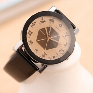 Fashion Mens Womens Girls Leather Strap WristWatches Casual EXO Quartz Watch Black White
