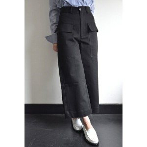STUDIO NICHOLSON(スタジオニコルソン)/VENTURA / ITALIAN COTTON TWILL MODERN CROPPED FLARE(BLACK)