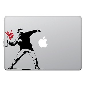 Macbook Air Macbook Pro ステッカー スキンシール モロトフ ガイ バンクシー フラワー The Molotov Guy with Flowers Bnaksy M597