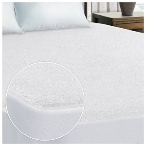 Superior 100-Percent WaterproofテつHypoallergenic PremiumテつMattress Protector with 15-Year Warranty,...