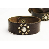 MADE IN U.S.A. / REMAKE VINTAGE LEATHER STUDS BRACELET