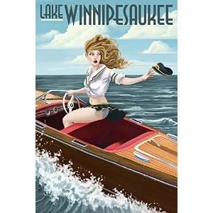 湖Winnipesaukee、New Hampshire – Pinup Girl Boating 16 x 24 Giclee Print LANT-42885-16x24