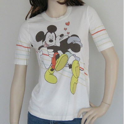 "Disney Couture/ディズニークチュール レディース半袖Tシャツ ""Minnie Loves Mickey"""