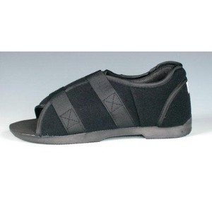 Softie Surgical Shoe Size: Men's Medium by Darco International