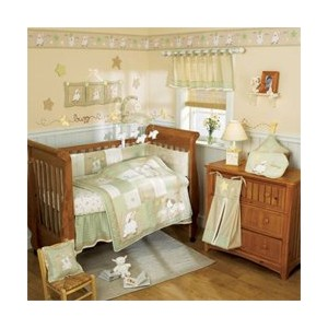 Lil Dreamer 4 Piece Crib Bedding Set: Quilt, Bumper Dust Ruffle, Crib Sheet by Cocalo
