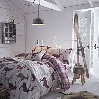 Catherine Lansfield Grampian Stag King Duvet Set - Mulberry by Catherine Lansfield