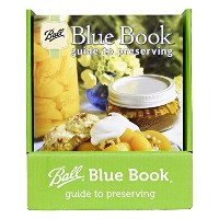 Blue Book Guide to Preserving (by Jarden Home Brands) [並行輸入品]
