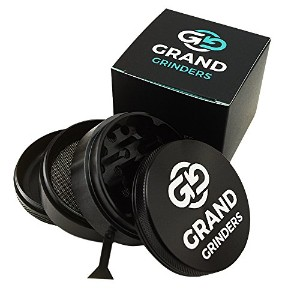 Grand研磨機プレミアムアルミニウムHerb Grinder – Large ( 2.5インチ) 4 Piece Crusher – Tobacco & Weed & Spice Grinder...