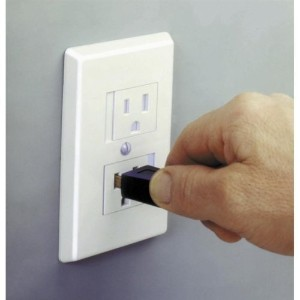 Safe Plate Electrical Outlet Cover - Standard (Center Screw) - White, by Mommy's Helper