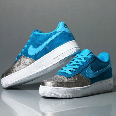 NIKE AIR FORCE 1 QS (GS) (ナイキ エア フォース 1 QS GS) GREEN ABYSS/LIGHT BLUE LACQUER/METALLIC PEWTER/WHITE...