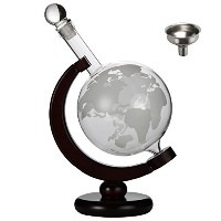 Lilyのホーム850ml World Globe Whiskey Decanter with Dark FinishedウッドスタンドとバーFunnel。Scotch Decanter