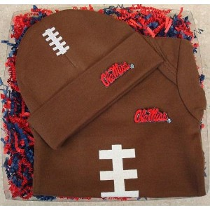 Mississippi Rebels Baby OnesieとFootballサッカー帽子ギフトセット