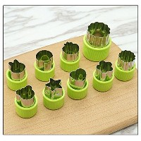 野菜カッター図形セット( 9 Pieces ) – Fruit Vegetable Mini Cookie形状Cutters for Kids Food Making (グリーン)
