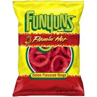 Funyuns Flamin' Hot Onion Flavored Rings, 6 oz. Bag [並行輸入品]