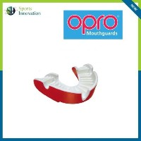 OproゴールドAdult Mouthguard / Gum Sheild–カラーレッド/ホワイトby Opro