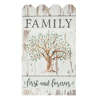 Family First & Foreverツリーホワイトウォッシュ14x 24木製ピケットフェンスPallet Wall Plaque