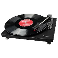 【送料無料】ION レコードプレーヤー Compact LP Black IA-TTS-023 [IATTS023]