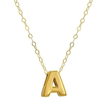 Amandaローズ10Kイエローゴールドプチイニシャル「A」pendant-necklace on a 17in。チェーン