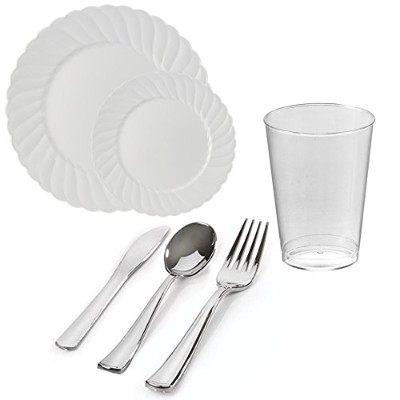 Kayaコレクション – Flairedホワイト使い捨てプラスチック食器類Party Package – Includes Dinner Plates、サラダデザートプレート、シルバーカトラリー...