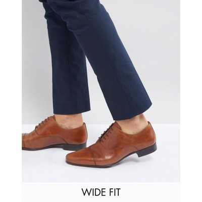 エイソス 革靴・ビジネスシューズ Wide Fit Oxford Shoes in Tan Leather With Toe Cap Tan