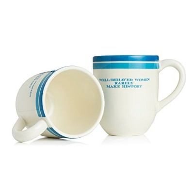 Well BehavedレディースRarely Make History Mug by The Preservation社会のニューポート郡、2パック