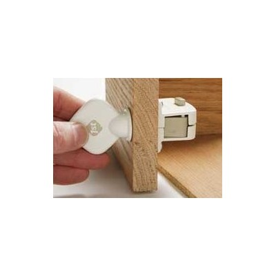 Safety 1st Magnetic Locking System Key, by Safety 1st