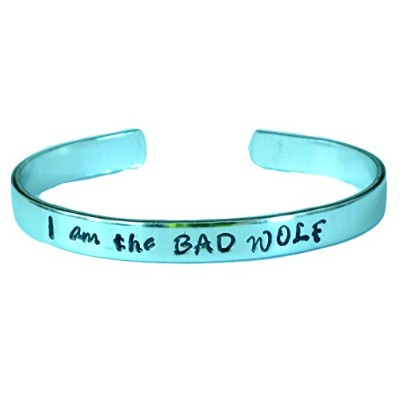 Doctor Who Inspired – I Am The Bad Wolf – A Hand Stampedアルミニウムブレスレット