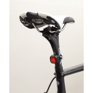 Knog(ノグ) 1LEDリアライト【Knog Blinder Mini Chippy Rear】